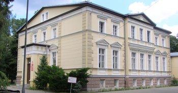 Pałac w Lucieniu